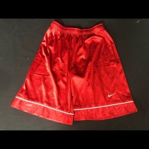 NWT NEW NIKE BOYS SHORTS BASKETBALL S,M,L